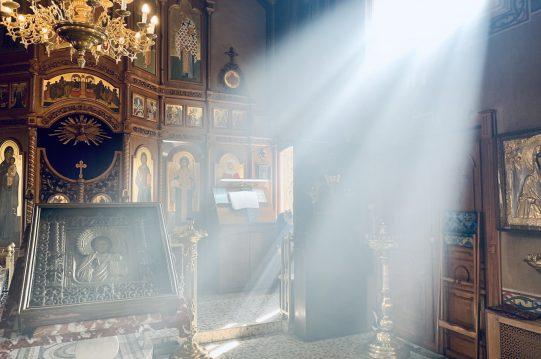 <b>Прямая трансляция богослужений</b>