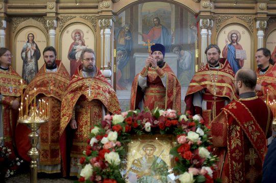 <b>8 ноября 2017 г.</b> Первая Божественная литургия в Димитрие-Солунском храме д.Мисайлово